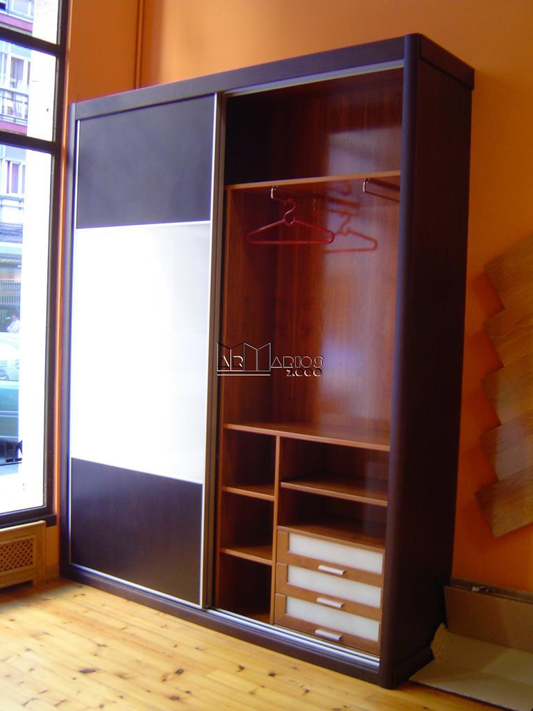 Interior armarios empotrados awesome empotrado interior - Distribuir armario empotrado ...